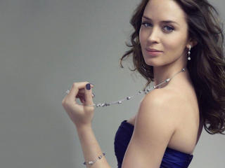 Emily Blunt Blue Dress Pic wallpaper