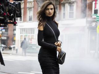 HD Wallpaper | Background Image Emily Ratajkowski In Black Dress