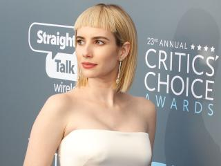 Emma Roberts In White Dress Critics Choice Awards 2018 wallpaper