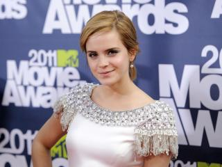 Emma Watson Hair Cut Pic wallpaper