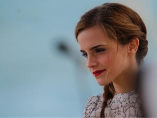 Emma Watson Hot Smile Images wallpaper