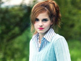 Emma Watson RED LIP IMAGES wallpaper