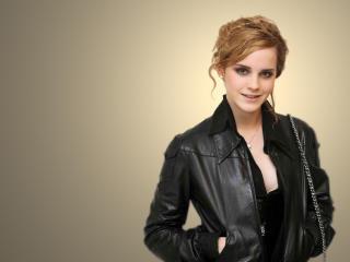 Emma Watson smiling wallpapers wallpaper