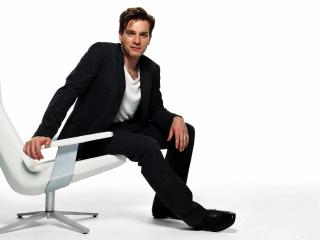 ewan mcgregor, chair, jacket wallpaper
