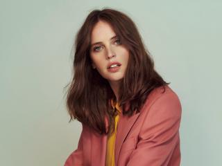Felicity Jones 2019 Magazine wallpaper