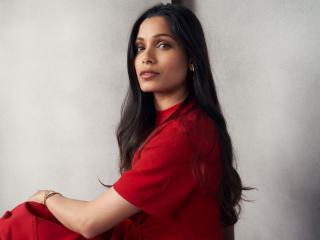 Freida Pinto 2020 wallpaper