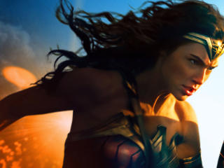 Gal Gadot In Wonder Woman 2017 wallpaper
