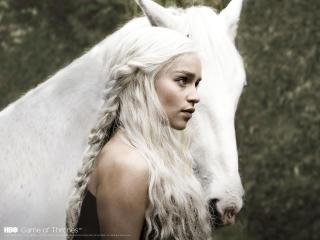 Game Of Thrones Emilia Clarke Daenerys Targaryen wallpaper