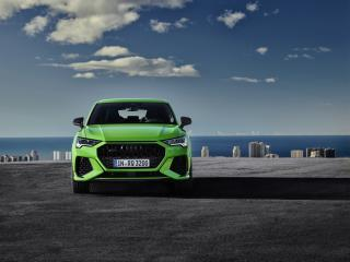 Green Audi Q3 wallpaper