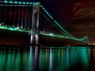 Green Light Bridge wallpaper
