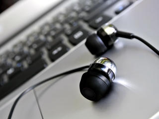 headphones, laptop, closeup wallpaper
