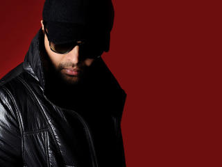 Himesh Reshammiya Latest Wallpaper In Cap wallpaper