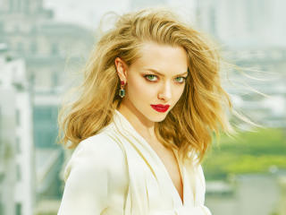 Hot Amanda Seyfried Photoshoot wallpaper