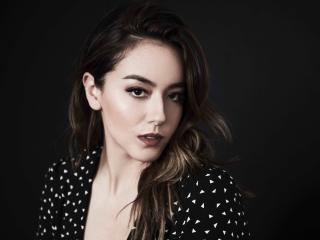 Hot Chloe Bennet 2018 wallpaper