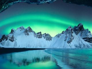 Iceland Aurora Borealis wallpaper