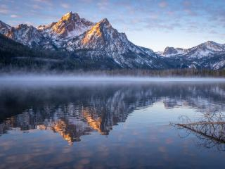 Idaho Stanley Lake Mountain Reflection wallpaper