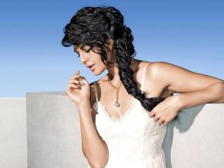 Jacqueline Fernandez Beautiful Photos  wallpaper
