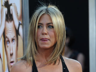 Jennifer Aniston Bikini Images wallpaper