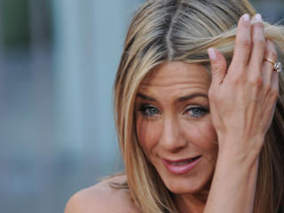 Jennifer Aniston Latest Images wallpaper