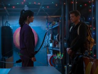 Jeremy Renner and Hailee Steinfeld in Marvels Hawkeye wallpaper