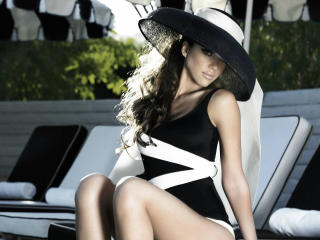 Jessica Alba In White Cap Photo wallpaper