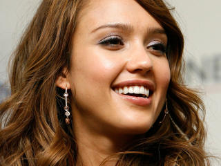 Jessica Alba Lovely Close up wallpapers wallpaper