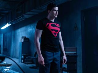 Joshua Orpin As Superboy wallpaper