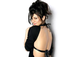 Kainaat Arora In Sexy Backless Dress wallpaper