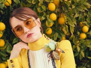 Kaitlyn Dever Sunglasses 2020 wallpaper