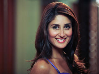Kareena Kapoor Closeup Smile Wallpaper  wallpaper