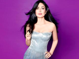 Kareena Kapoor Hot Pose Wallpaper wallpaper