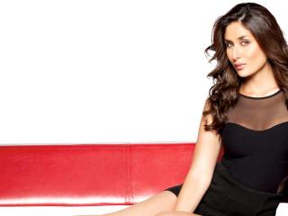 Kareena Kapoor In Black HD Wallpaper  wallpaper