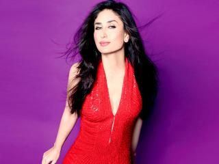 Kareena Kapoor In Red Sexy Photos wallpaper