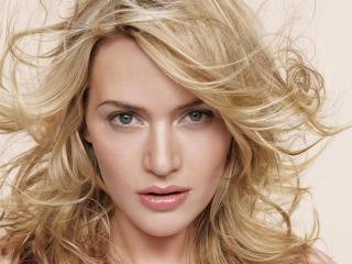 Kate Winslet Rare Pic wallpaper