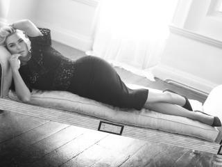 Kate Winslet Sleeping On Sofa wallpaper