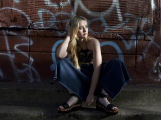 Kathryn Newton Photoshoot 2017 wallpaper