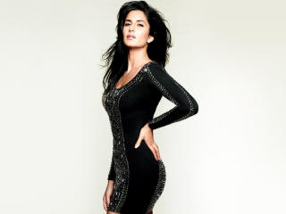 Katrina Kaif In Black Dress wallpaper