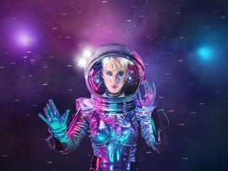 Katy Perry as Astronaut MTV wallpaper