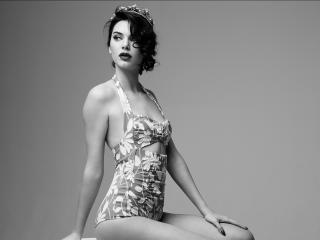 Kendall Jenner Marilyn Monroe Black and White Photoshoot wallpaper