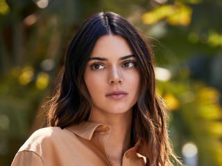 Kendall Jenner Mobile 2021 wallpaper