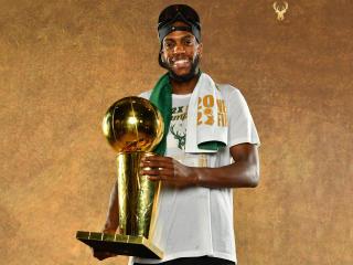 Khris Middleton NBA Champion 2021 wallpaper