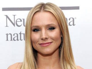 Kristen Bell On Stage Images wallpaper
