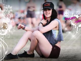 Kristen Stewart Cap Images wallpaper