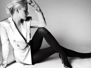 HD Wallpaper | Background Image Kristen Stewart V 2017 Black and White