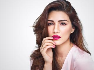 Kriti Sanon Face 2020 wallpaper