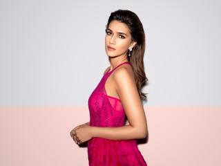 Kriti Sanon Pink Dress wallpaper
