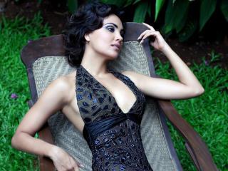 Lara Dutta New Gorgeous Photoshoot Images wallpaper