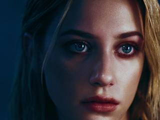 Lili Reinhart Green Eyes wallpaper