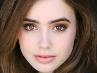 Lily Collins 2017 wallpaper