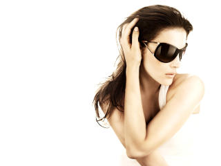 Liv Tyler in awesome shades wallpapers wallpaper